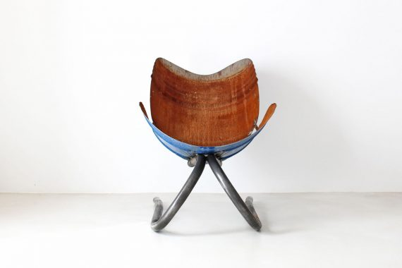 https://vlabdesign.com/wp-content/uploads/2016/11/VLabDesign-BarrelArmchair-Front.jpg