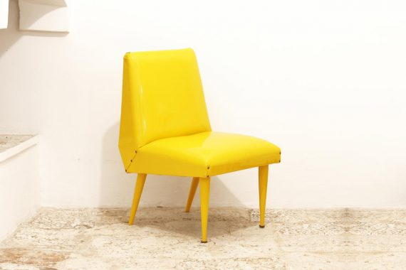 VLab Design – Banana Armchair – Veduta frontale ad angolo